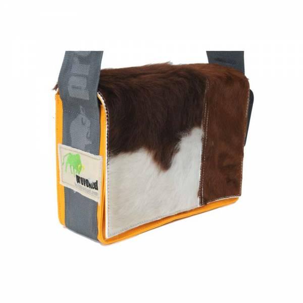 Messenger Bag MINI PROVOKED aus Kuhfell: braun & LKW-Plane: orange, 26x21x1