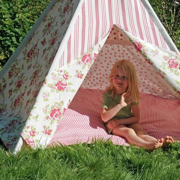 Hochwertiges Indoor Kinderzelt, TIPI, Baumwolle, Höhe 135 cm mit Holzstangen, schöne Muster und Farb